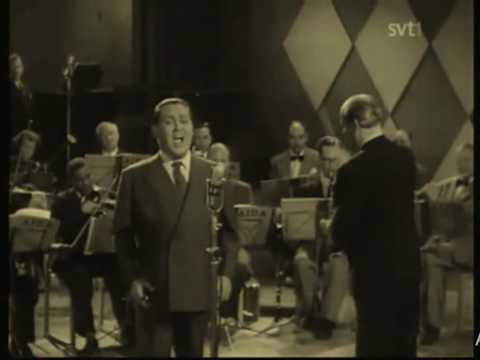 "Video of Jussi Björling singing ""Celeste Aida"" (1953)"