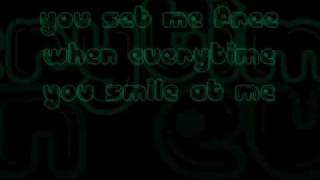 Smile at Me - Rocksteddy (Lyrics)