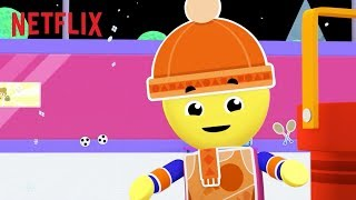 Snow Day Sports! ❄ Charlie's Colorforms City | Netflix