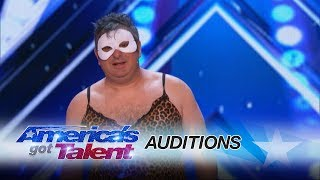 The Man of Mystery: Escapologist Gets Judges to Reverse Decisions - America's Got Talent 2017