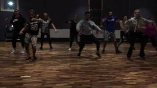 Hugo Pina Ft Jimmy- Evita So Ricki Gonzalez Zumba Fitness