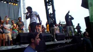 The Knux - F!re (Put It In The Air) [Lollapalooza 2009]