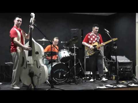 RED HOT ROCKETS (BRANDON ASHINGTON) I Played Around DAGENHAM TRADES HALL ALLDAYER