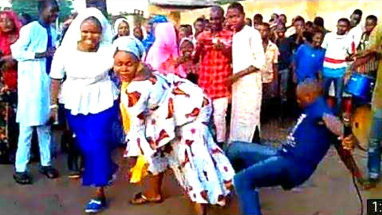 Download Haba! Kalli Yadda Karuwai da Yan Daudu suke rawar Iskanci  Hausa songs
