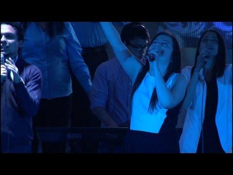 Dios está aquí (Darlene Zschech - God is here) (Español)