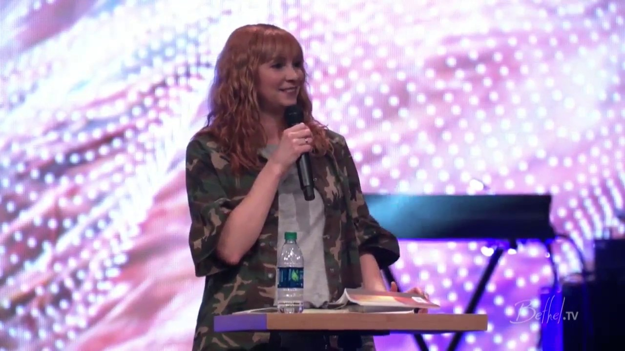 Kim Walker-Smith -- A Lifestyle Of Worship || Young Saints Conference 2017