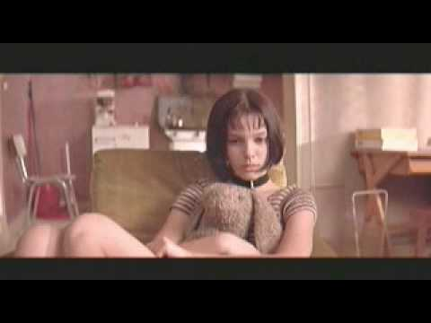 Natalie Portman tights 3 from YouTube · Duration:  40 seconds