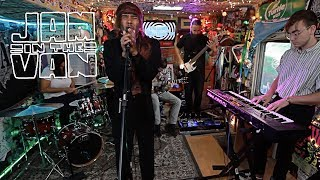 """KYLE DION - """"Cool Side Of The Pillow"""" (Live at JITVHQ in Los Angeles, CA 2018) #JAMINTHEVAN"""