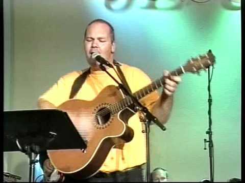 Vitnesbyrd Og Sang Fra Evangeliesenteret