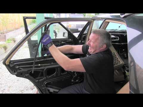 Mercedes W124 Removing Rear Door Window Glass Youtube