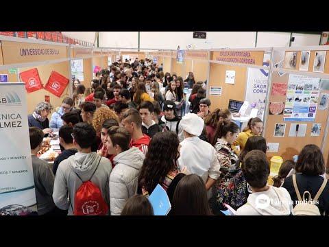 VÍDEO: Abre sus puertas el Salón el Estudiante de Lucena, dispuesto a recibir más de 6.000 visitantes