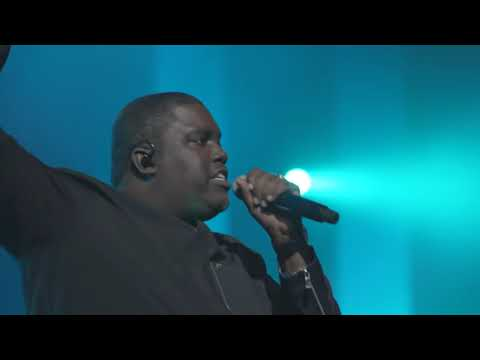William McDowell -The Cry (OFFICIAL LIVE VIDEO)