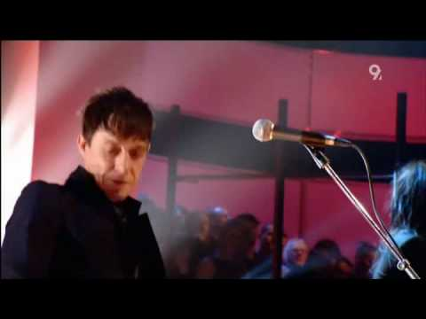 The Kills - Cheap And Cheerful (Live Jools Holland 2008).avi