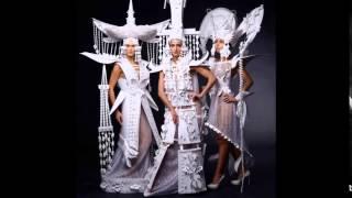 Коллекция бумажной одежды от дизайнера Аси Козиной. Креативные платья из бумаги(Коллекция бумажной одежды от дизайнера Аси Козиной. Креативные платья из бумаги. Как вам платья из подручны..., 2015-05-28T16:15:34.000Z)