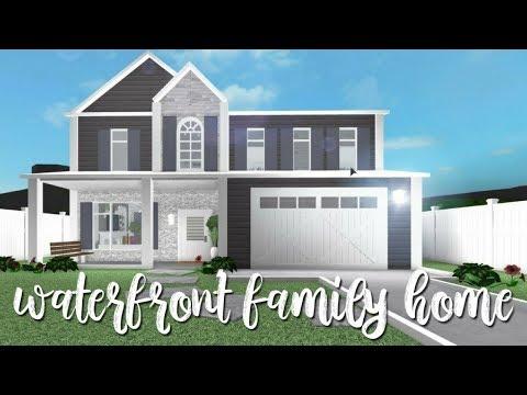 BLOXBURG| Waterfront Family Home 55k