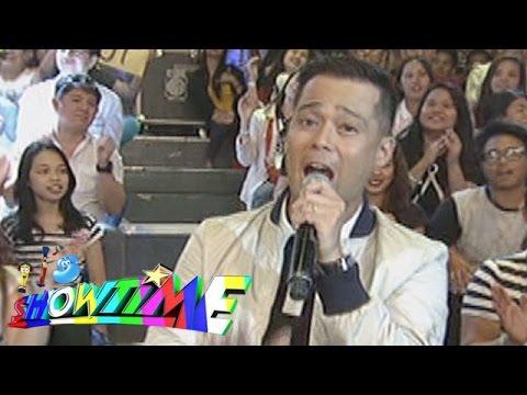"""It's Showtime Singing Mo To: Dingdong Avanzado sings """"Tatlong Beinte Singko"""""""