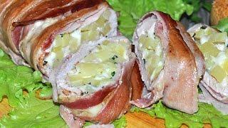 Рулет из куриной грудки с картофелем в беконе