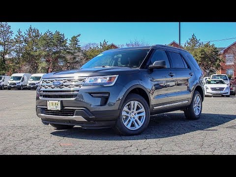 2018 Ford Explorer XLT Review - Revs and Walk Around