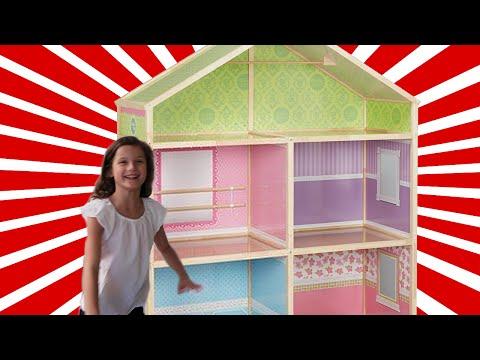 Hayley Got Her Doll House (WK 295.7)   Bratayley