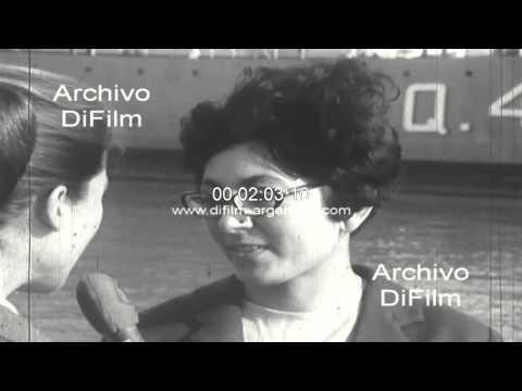 DiFilm - Llegan inmigrantes españoles al puerto de Buenos Aires 1969