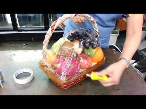 How to make Flower Bouquets, Fruit Baskets - Flower Delivery Singapore