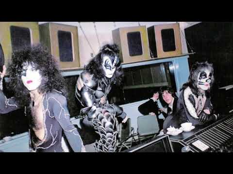 How KISS recorded their debut album