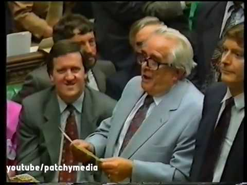 SKYNEWS Maastricht Treaty Vote. Late News Report 1993