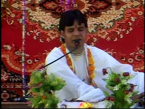 Jaane kab aayega mujhe apna banayega .Gopal Nandan Ji Maharaj