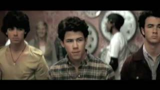 Jonas Brothers - Paranoid - Official Music Video (HQ) Lyrics in Description