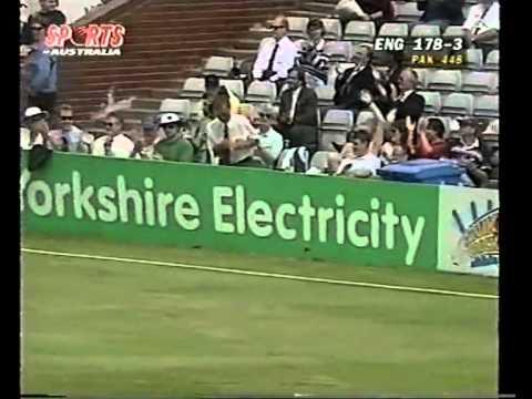 Alec Stewart 170 vs Pakistan 1996