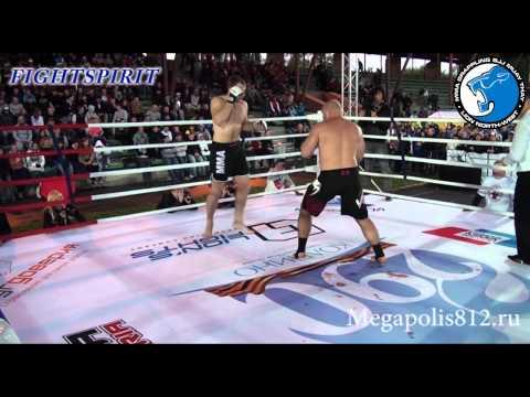 Brutal knockout ! Combat sambo Europe champion vs muay tai World champion