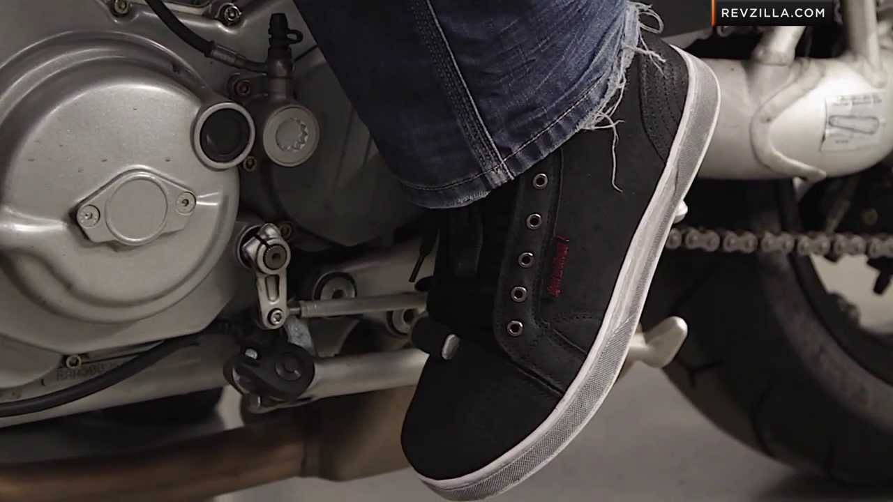 speed strength black 9 moto shoes review at revzilla
