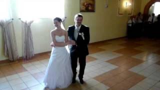 Hubertus się żeni - pierwszy taniec