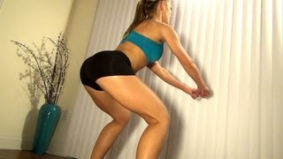 Great Women's Butt Exercise: Curtsy Lunges with DBs