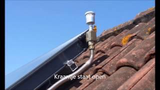 Nefit zonnecollector blaast stoom af
