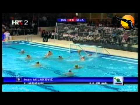 Niksa Dobud Good Fake in the post water polo
