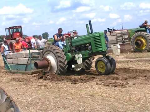 2009 DEADWEIGHT PULLING FROM RUSHVILLE, IN AUG 1ST 2009