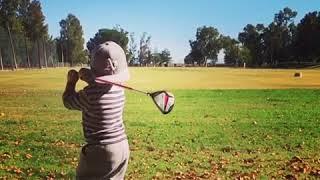 Toddler has impressive golf swing