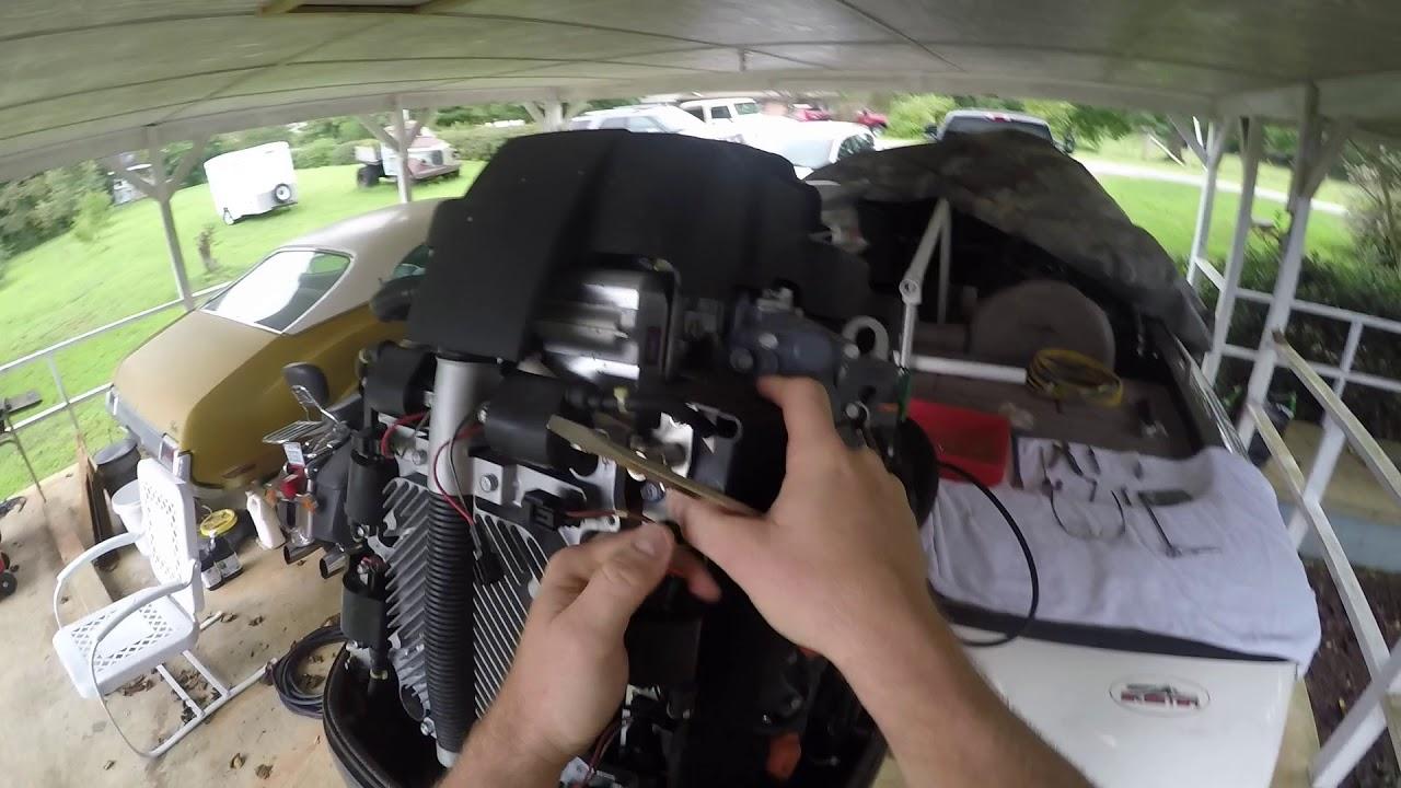 2001 Yamaha 150 HPDI Outboard Motor / Fuel Injector