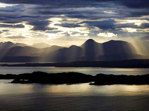Failte Do'n Eilean Sgitheanach (Welcome to the Isle of Skye), Scottish slow air on mandolin/bouzouki