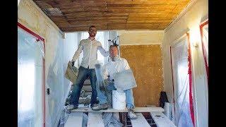 Plastering ceilings with gypsum plaster and veneers