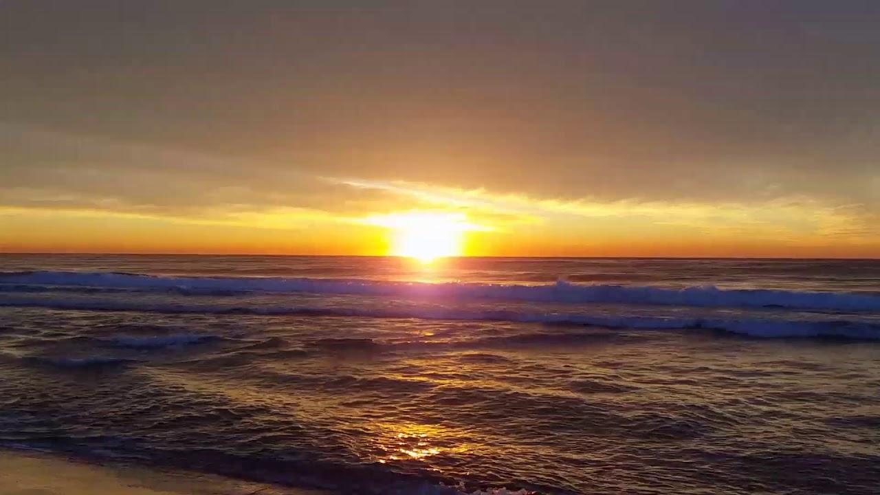 Pacific Ocean Sunrise - East Coast Australia - YouTube