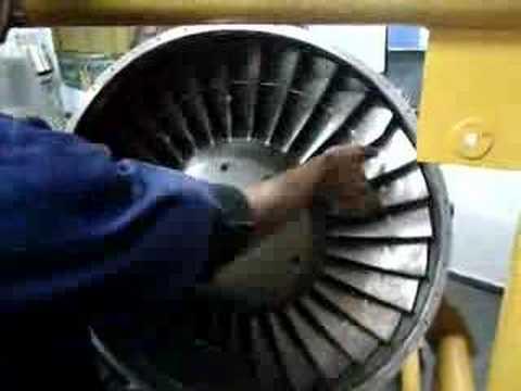 Motor a reação Garret TFE 731