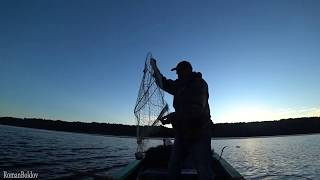 Рыбалка в конце Лета '' НА ФАРВАТЕР ЗА ЛЕЩОМ ''. Ловля Леща на Волге ранним утром.