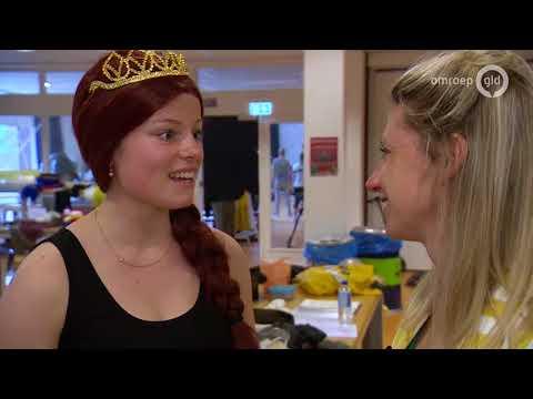 Shrek de Musical in Wageningen   UIT met Esther   Omroep Gelderland
