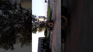 Verwoeste tractor rijd weer in smallebrugge
