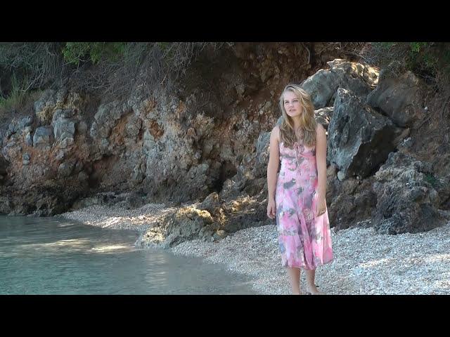 Laura van den Elzen - Glass - OFFICIAL VIDEO - 15 Years CMA Music Festival