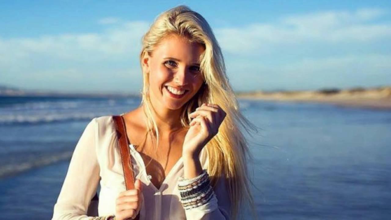 Scarlett Gartmann Wags beautiful as most famous angel now. - YouTube Scarlett Gartmann