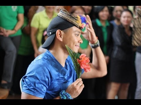 Biyahe ni Drew: Putong, Marinduque's welcome ceremony, welcomes guests like royalty