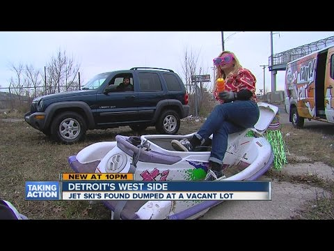 Jet ski found dumped in Detroit
